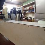日の出食堂 - 調理場