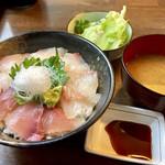 74871452 - 海鮮丼790円