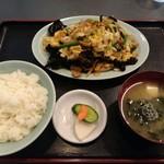 香華飯店 - キクラゲ卵炒め 定食