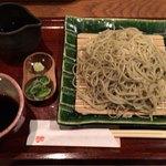 74873503 - ざる蕎麦(大)¥1,180。出汁も余分に下さいました。