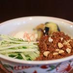 麺 銀三 - 温玉肉味噌きしめん 冷☆