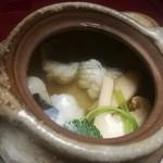 京都嵐山温泉 渡月亭 - 松茸と鱧の土瓶蒸し