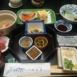 京都嵐山温泉 渡月亭 - 朝食
