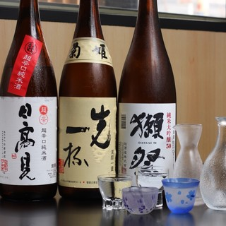 酒屋の亭主とワインソムリエと厳選した日本酒とワイン