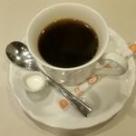 喫茶室ルノアール - ブレンドコーヒー570円