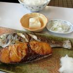 たまや食堂 - 【おまかせセット】『とある焼魚 コロッケ etc 定食』980円