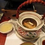 毛利志満 - 季節の一品 松茸の土瓶蒸し