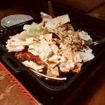 飯場 - 鶏ちゃん焼1人前880円税別。
