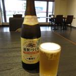 毛利志満 - 瓶ビール 648円(税込) (2017.10)