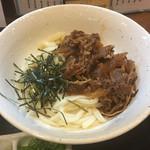 讃岐麺房 すずめ - 牛ぶっかけうどん