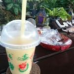 クチュアンドパラダイス カフェ - 気温が、まだ32度もあり暑いっす!スムージー最高❤