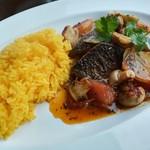 エル ポルテロ! - サゴチとマッシュルームの香草オーブン焼き、サフランライス