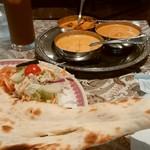 インドレストラン モティ - 二つに分かれてきます