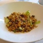 釵 - 生菜牛肉炒飯(牛挽き肉とレタス入りチャーハン)Fried Rice with Minced Beef and Lettuce