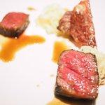 74899290 - ランチコース 11880円 の奈良県 榛原牛 内もも肉 塊ローストバリエーション
