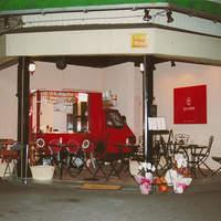 ラブワイン - オープン当初は三輪車が、カウンターでした。