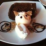LES BAUX - チョコとくるみのケーキ