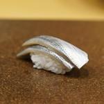 寿司つばさ - 小鰭