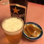 萬友亭 - 大根の醤油漬け旨し これでビール1本呑んでしまった!