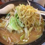 74919438 - 味噌野菜ラーメン 麺リフト