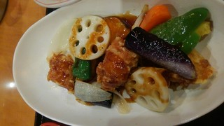 和ダイニング四六時中 - 鶏と野菜黒酢炒め