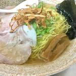 覆麺 智 - 塩ラーメン900円