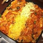 韓国料理 土火土火 - チーズダッカルビ