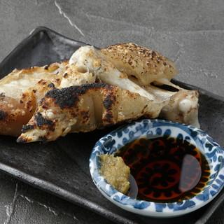 酒肴にぴったりの串焼き&一品料理を多彩にご用意!