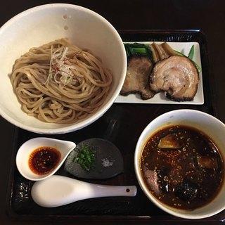 季織亭 - 料理写真:「季節の小麦そば つけ」「香辣油(ファンラー油)つけ麺」1500円 (税別)