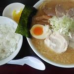 麺屋 虎之助 - 料理写真:みそちゃーしゅうめん950円 ライスはサービス