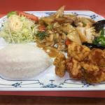 劉園中国料理 - B定食 700円