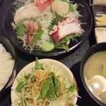和食処 八田 - ランチの刺身定食