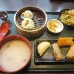 菜館Wong - 料理写真:手作り香港飲茶セット