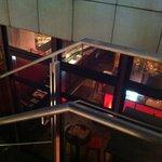 7495616 - 飲食ビルの階段を下りる~