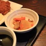 珈食房 る ぱん - ダイコン、人参、チクワの小鉢