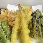 楽膳 - 天ぷら四点盛三人前