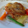 ル・トン・デ・サヴール - 料理写真:◆本日のランチの「メイン」・・鶏料理ですが、ボリュームがあります。 皮目をパリッと焼かれていて美味しいそう。ソースもいい味わいだとか。