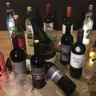 お酒の種類も豊富に取り揃えております