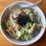 北のらー麺 らう家 - 五目野菜ラーメン780円