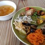 KOTI - 料理写真:前菜ビュッフェ