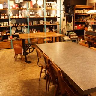 【デザイナーズカフェ】店内では可愛いキッチングッズも販売中!