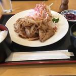 華花 - 料理写真:生姜焼き定食