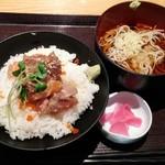 74989306 - (小)海鮮ばくだん丼と半蕎麦セット