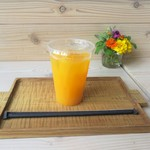 ごんの贈り物 - ドリンク写真:みかんジュース 300円