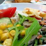 みやこ屋 - 5種類のサラダ盛合せしました。野菜が沢山食べられます 08/09