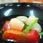 みやこ屋 - もずく酢 らっきょやトマトも入って美味しかったです 08/09