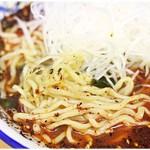 地獄ラーメン 田中屋 - プリプリっとした麺。