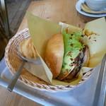 手作りパンカフェ・ピクニック - ハンバーガー