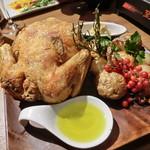 75007047 - 丸鶏の素揚げ 一羽