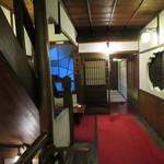 料亭 金鍋 - この日の利用は葦平の間、2階の写真正面の部屋